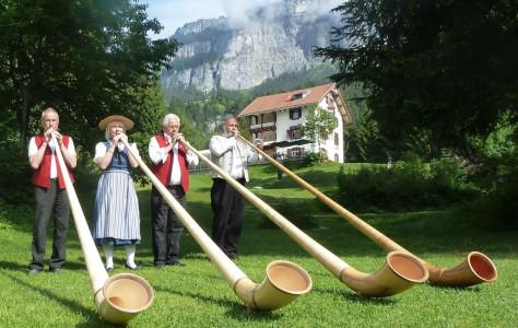 Feldgottesdienst mit Taufe am Crestasee