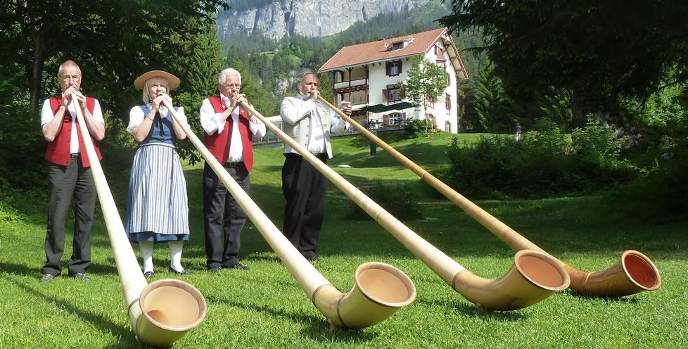 Alphorn Flims - Crestasee
